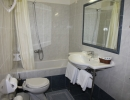Dolfin hotel - room-  bathroom