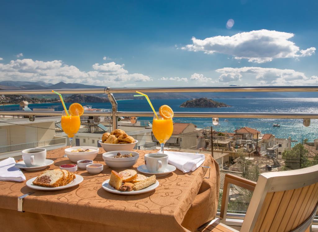 J&G-View of Koronisi & breakfast - 2