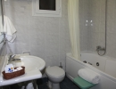 Dolfin hotel -suite-bathroom