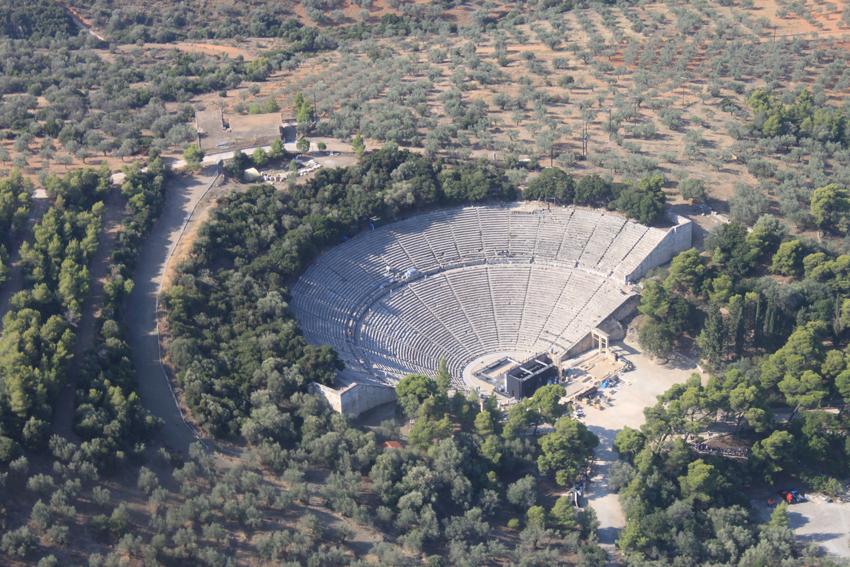 Epidaurus theatre -08
