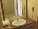 John & George hotel - bathroom-1