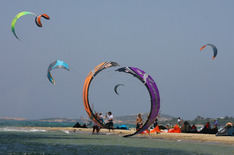 (English) Kite Surfing